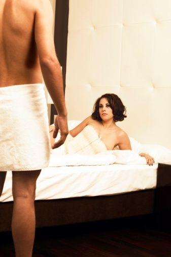 İlişkinin ömrünün dolmasına neden olan diğer faktörler ise şöyle;    - Ortak zevklerin olmaması - Karşılıklı kabul ve güven duygusunda azalma - İletişimsizlik - Cinsel tatminsizlik - Kişinin ilişki içinde önemsiz olduğunu hissetmesi - Saygı ve sevginin azalması - Birikmiş yoğun kızgınlıklar.